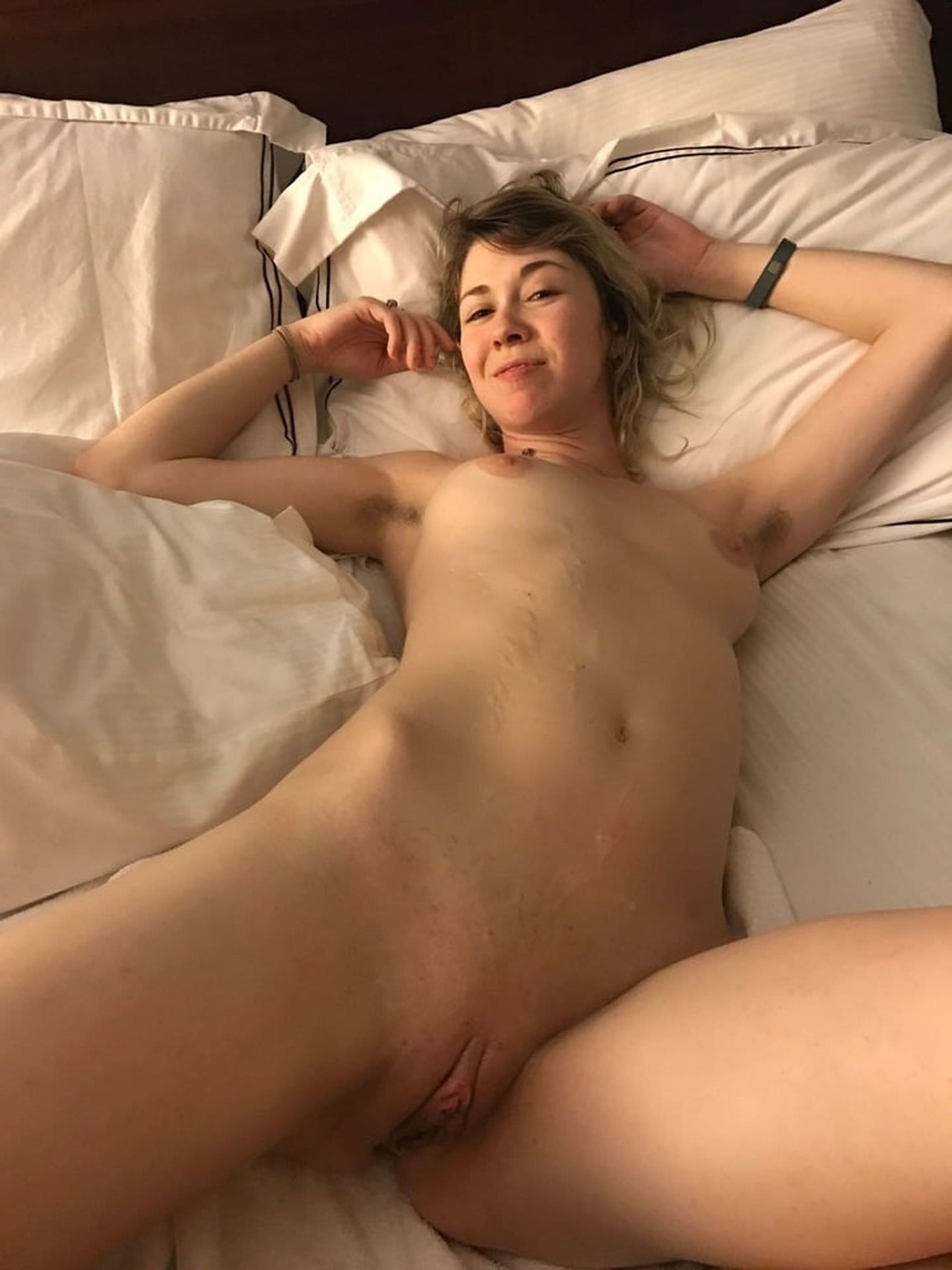 Sophie Cookson Nude