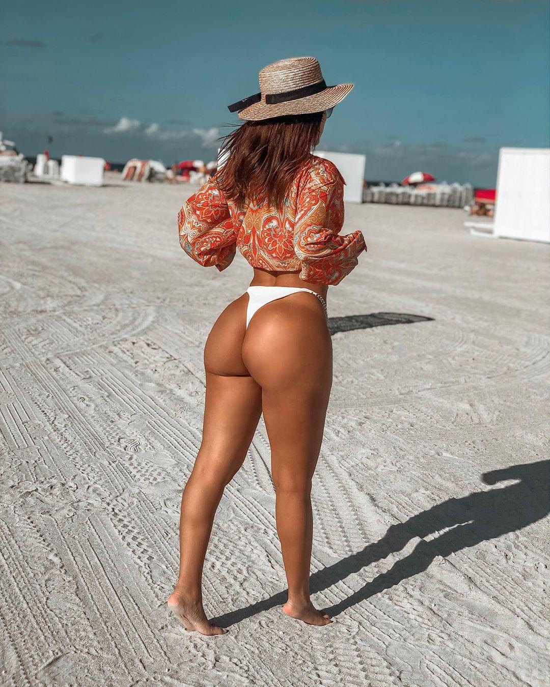 Alejandra Pineda Nude Leaked Videos and Alejapineda1 Naked Pics! 81
