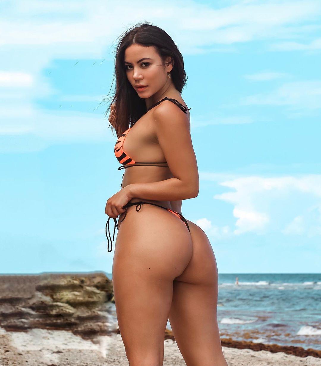 Alejandra Pineda Nude Leaked Videos and Alejapineda1 Naked Pics! 75
