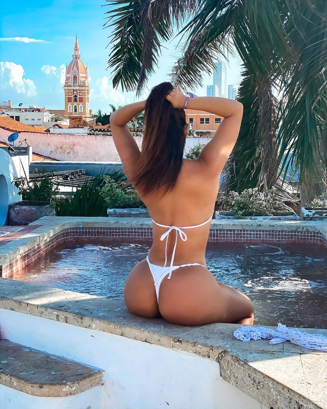 Alejandra Pineda Nude Leaked Videos and Alejapineda1 Naked Pics! 70