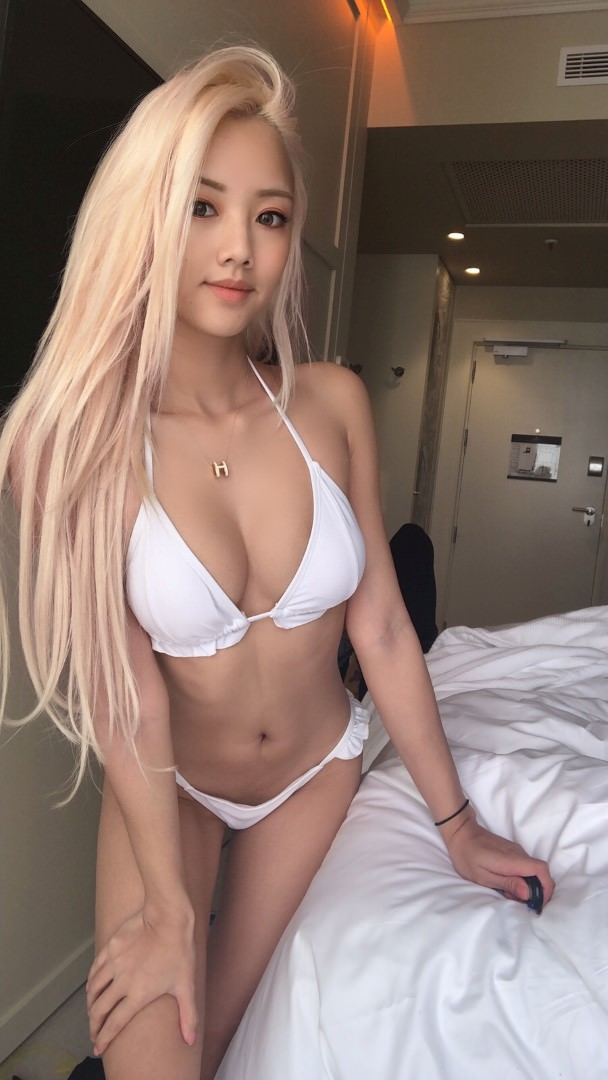 Vyvan Le Nude Patroen Video and Photos Leaked! (114