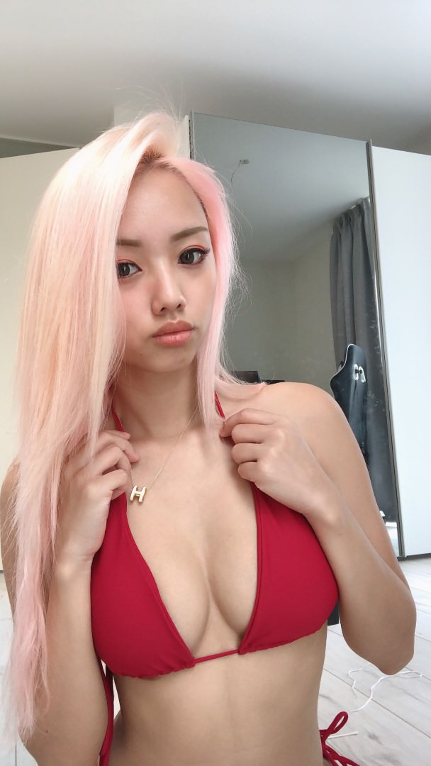 Vyvan Le Nude Patroen Video and Photos Leaked! (33